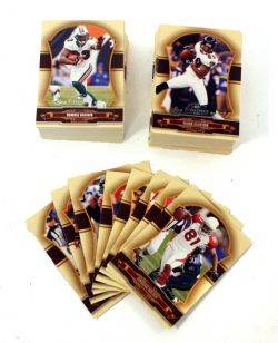 2007 FOOTBALL -  DONRUSS CLASSIC SET (100 CARDS)