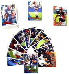 2010 FOOTBALL -  TOPPS SET (440 CARDS)