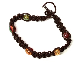 ARMBAND -  BROWN BRACELET WITH BEADS