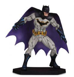 BATMAN -  BATMAN & DARKSEID BABY STATUE (6