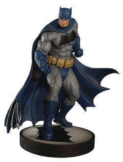 BATMAN -  BATMAN FIGURE 1/6 SCALE (12,5 INCHES) -  BATMAN: THE DARK KNIGHT RETURNS