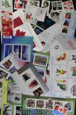 CANADA -  2015 COMPLETE YEAR SET, 112 NEW STAMPS