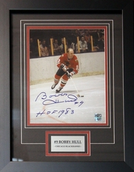 CHICAGO BLACKHAWKS -  BOBBY HULL FRAMED AND AUTOGRAPHED PHOTO (8X10)