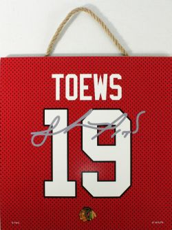 CHICAGO BLACKHAWKS -  JONATHAN TOEWS #19 AUTOGRPAHED WOODEN PLAQUE (10
