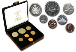 CUSTOM SETS -  1977 CUSTOM SET - SHORT WATER LINES, ATTACHED JEWELS -  1977 CANADIAN COINS 07