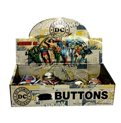 DC COMICS -  MYSTERY BUTTON (1