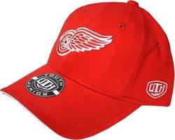 DETROIT RED WINGS -  ADJUSTABLE CAP - RED (JUNIOR)