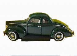 FORD -  1940 COUPE GREEN 1/18 - USED