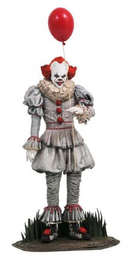 IT -  PENNYWISE PVC STATUE (10