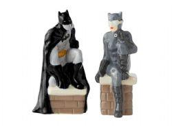 JUSTICE LEAGUE -  SALT & PEPPER SHAKER - BATMAN & CATWOMAN (3