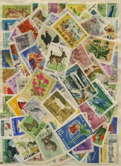 KOREA -  130 ASSORTED STAMPS - KOREA