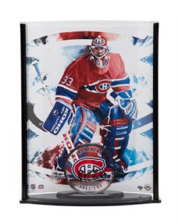 MONTREAL CANADIENS -  PATRICK ROY AUTOGRAPHED ACRYLIC HOCKEY PUCK WITH STAND