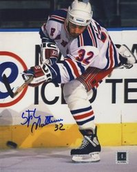 NEW YORK RANGERS -  AUTOGRAPHED STÉPHANE MATTEAU #32 PHOTO (8 X 10)