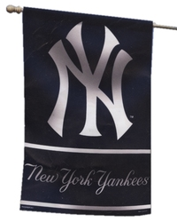 NEW YORK YANKEES -  3 X 5 VERTICAL FLAG