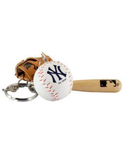 NEW YORK YANKEES -  BAT, BALL AND GLOVE - KEYCHAIN