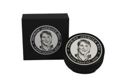 NHL LEGENDS -  TEXTURED ACRYLIC HOCKEY PUCK - PLAYER INDUCTEE, 2006 33 -  PATRICK ROY