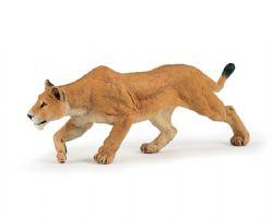 PAPO FIGURE -  LIONESS CHASING -  WILD ANIMAL KINGDOM 50251