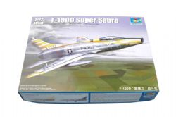 PLANE -  F-100D SUPER SABRE 1/72 (CHALLENGING)