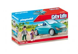 PLAYMOBIL -  FAMILY WITH CAR (28 PIECES) 70285