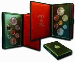 PROOF SETS -  11TH COMMONWEALTH GAMES, EDMONTON (SMALL ISLAND) -  1978 CANADIAN COINS 08