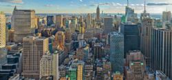 RAVENSBURGER -  VIEW OVER NEW YORK (2000 PIECES)