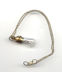 STEAMPUNK -  MINI LIGHT BULB NECKLACE