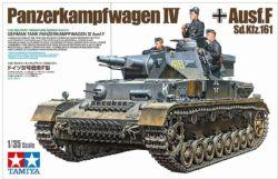 TANK -  GERMAN TANK PANZERKAMPFWAGEN IV AUSF.F SD.KFZ.161 1/35
