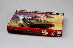 TANK -  POLISH PT-76B AMPHIBIOUS TANK 1/35 (CHALLENGING)