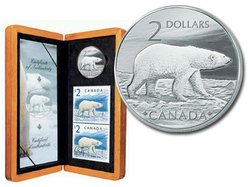 WILDLIFE IN STAMP AND COIN -  POLAR BEAR -  2004 CANADIAN COINS 02
