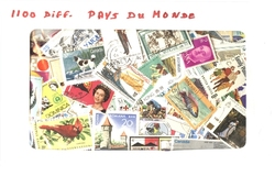 WORLD -  1100 ASSORTED STAMPS - WORLD