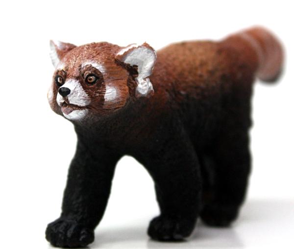 Figurine Papo Panda Roux 9 Cm La Vie Sauvage 50217
