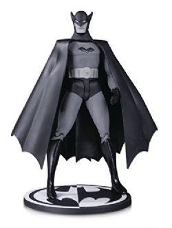 BATMAN -  FIGURINE ARTICULÉE NOIR ET BLANC (15.2CM) -  DETECTIVE COMICS #27 BY BOB KANE