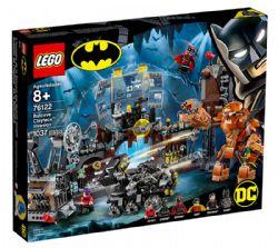 BATMAN -  L'INVASION DE LA BATCAVE PAR GUEULE D'ARGILE (1037 PIÈCES) -  DC SUPER HEROES 76122