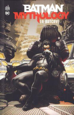 BATMAN -  LA BATCAVE -  BATMAN MYTHOLOGY