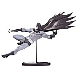 BATMAN -  STATUE DE BATMAN PAR DOUG MAHNKE (17CM) -  BLACK AND WHITE