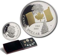 ENSEMBLES NUMISMATIQUES -  40E ANNIVERSAIRE DU DRAPEAU CANADIEN -  PIÈCES DU CANADA 2005 35