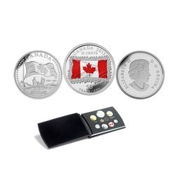 ENSEMBLES NUMISMATIQUES -  50E ANNIVERSAIRE DU DRAPEAU CANADIEN -  PIÈCES DU CANADA 2015 45