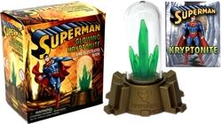 SUPERMAN -  ENSEMBLE FIGURINE KRYPTONITE LUMINEUSE ET LIVRE ILLUSTRÉ